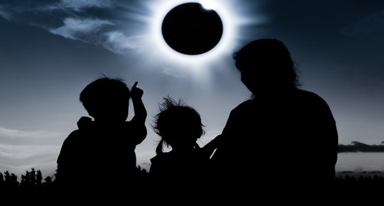 Exposed-What-The-Solar-Eclipse-&-CX-Have-in-Common-Colin-Shaw-Featured-Image