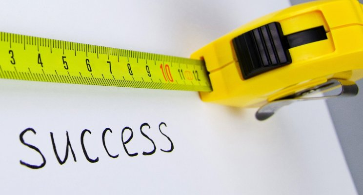 Beware-Don-t-Make-These-Mistakes-When-Measuring-Success-Colin-Shaw-Featured-Image