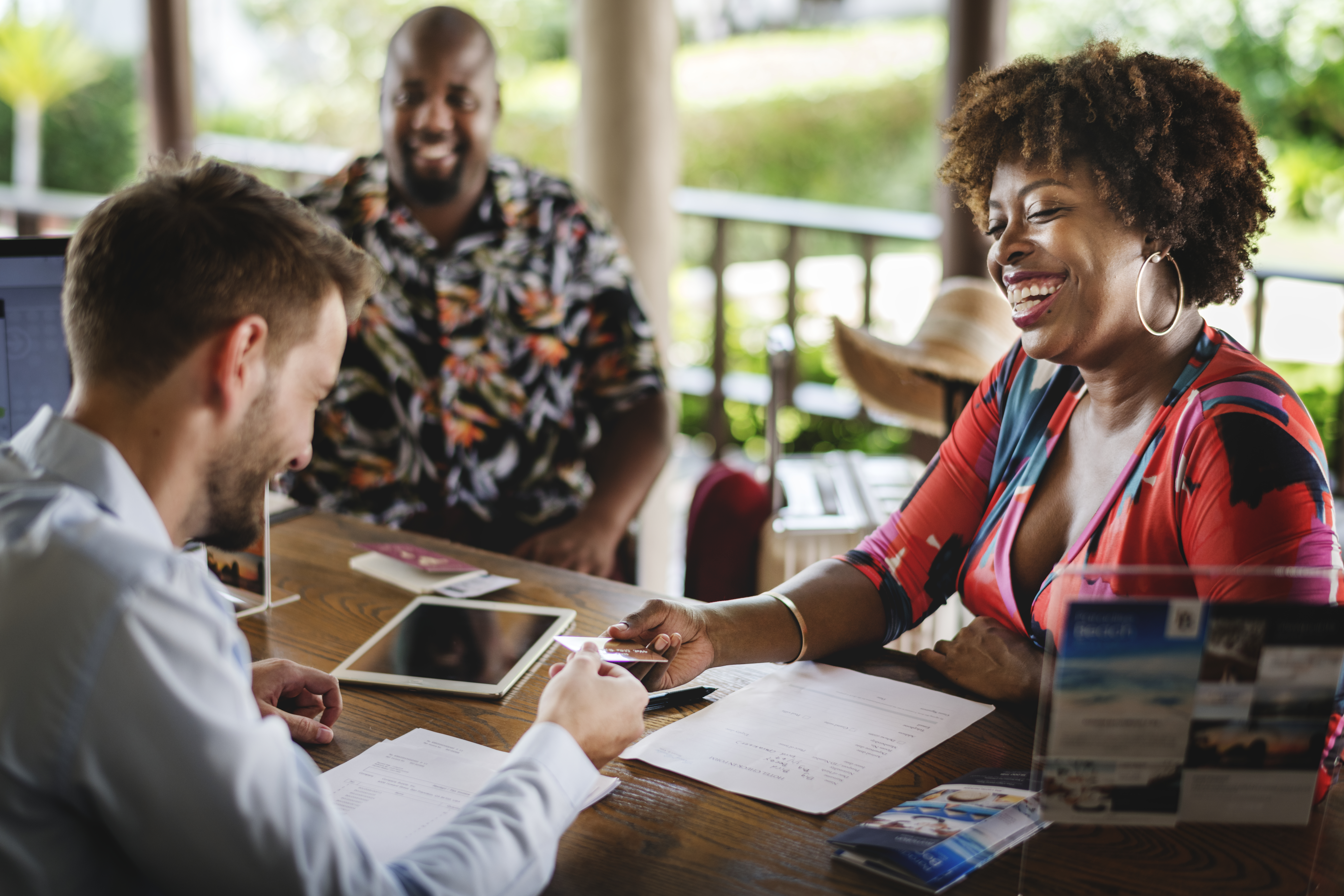 WHAT TYPE OF RELATIONSHIP DO YOUR CUSTOMERS EXPECT FROM YOU - Colin Shaw Customer Service Expert - Beyond Philosophy Blog